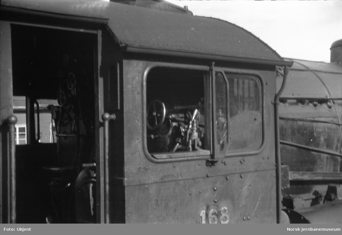 Damplokomotiv type 39a nr. 168 - førerhus