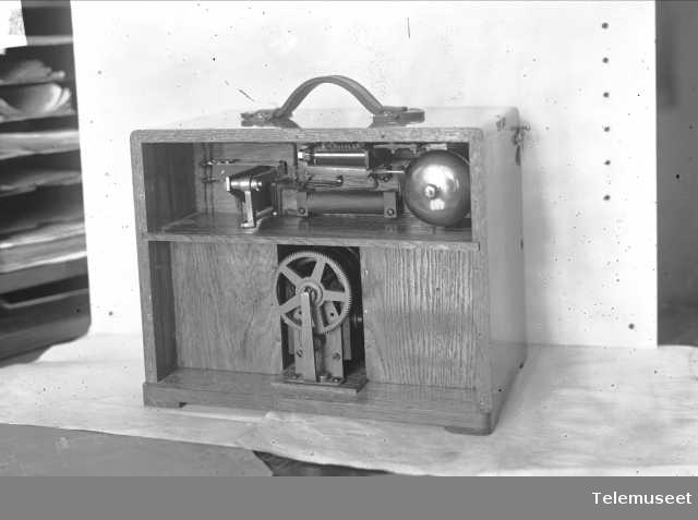 Togtelefonapparat, 8.2.1915.  Elektrisk Bureau.