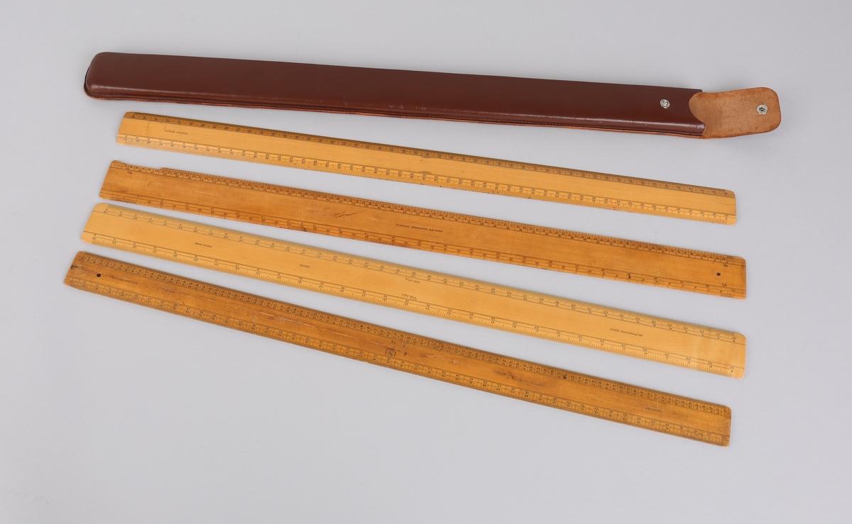 Omregningsstaver, 4 stk. ligger i brunt skinnetui.