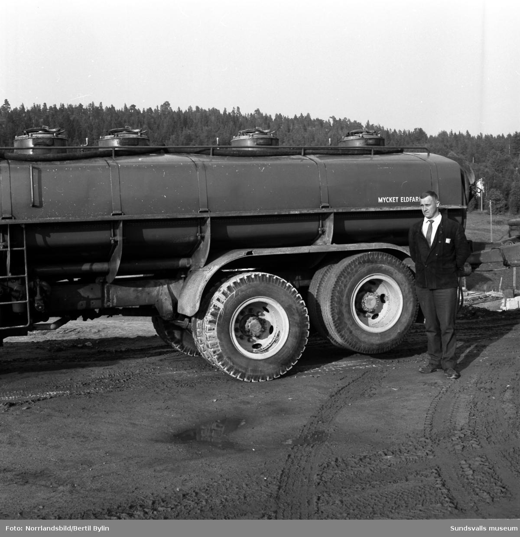Lastbilar, Age Näslunds Åkeri AB.