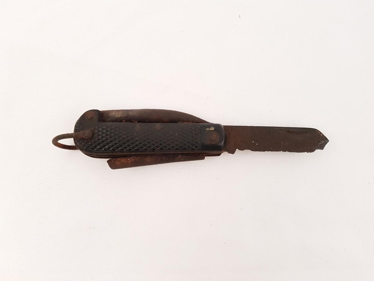 Lommekniv med syl og bokseåpner