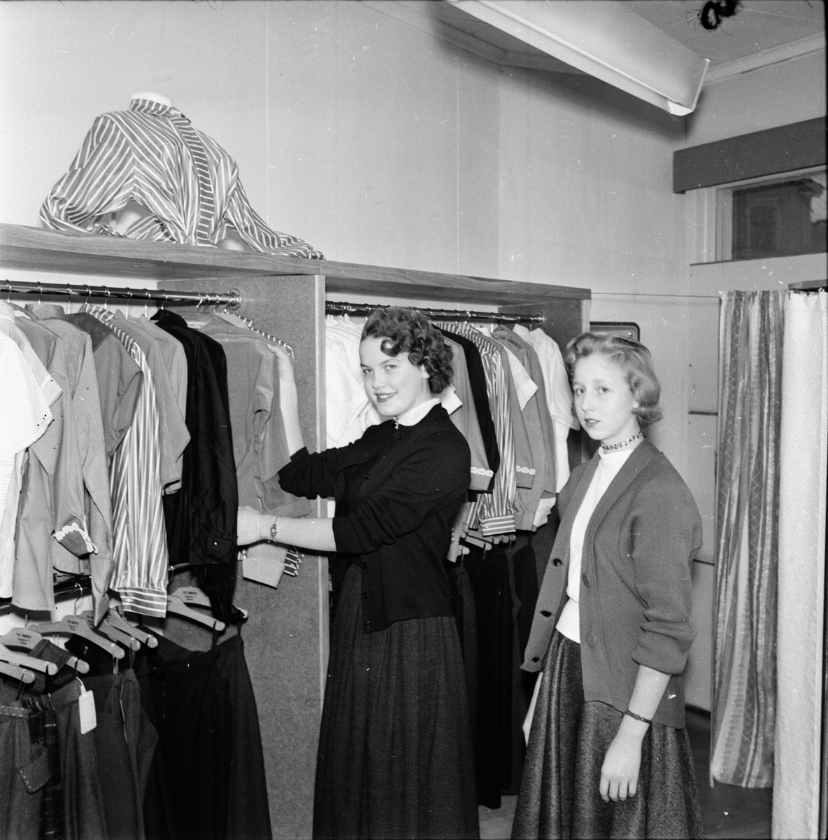 Kjol och Blus. Stieg Sandberg 1955
