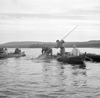 Notfiske i Sølensjøen