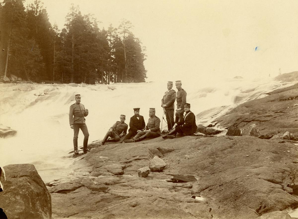 Officerare från Fortifikationen vid Laxön, 1892. För namn, se bild nr. 3.