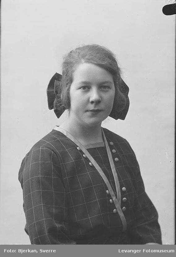 Portrett av Ingrid Jørstad.