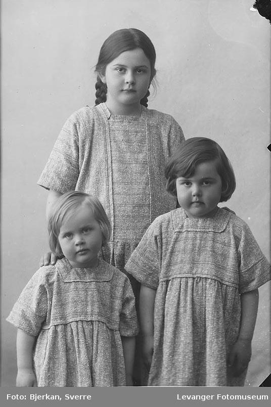 Tre søstre. Overlærer Sørhøis barn.