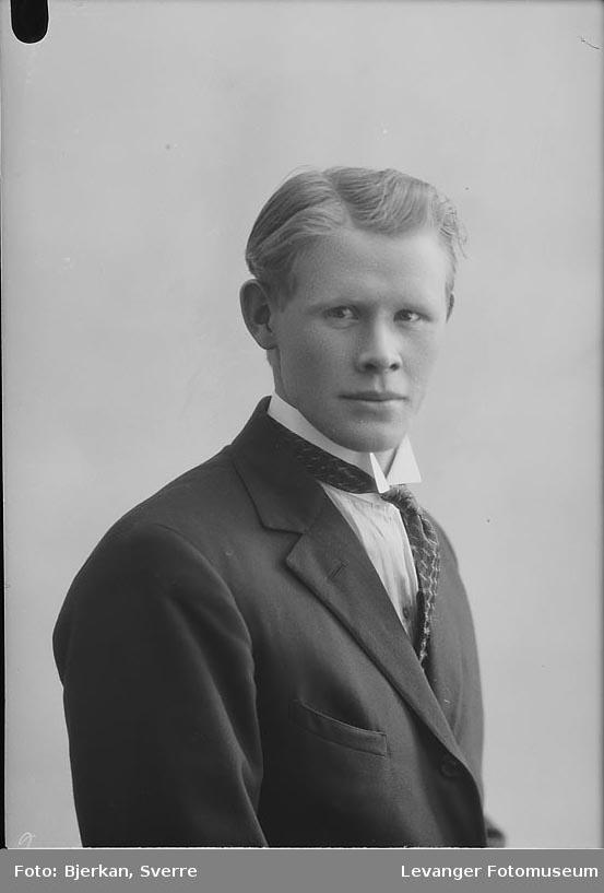 Portrett av Karl Sørmo.