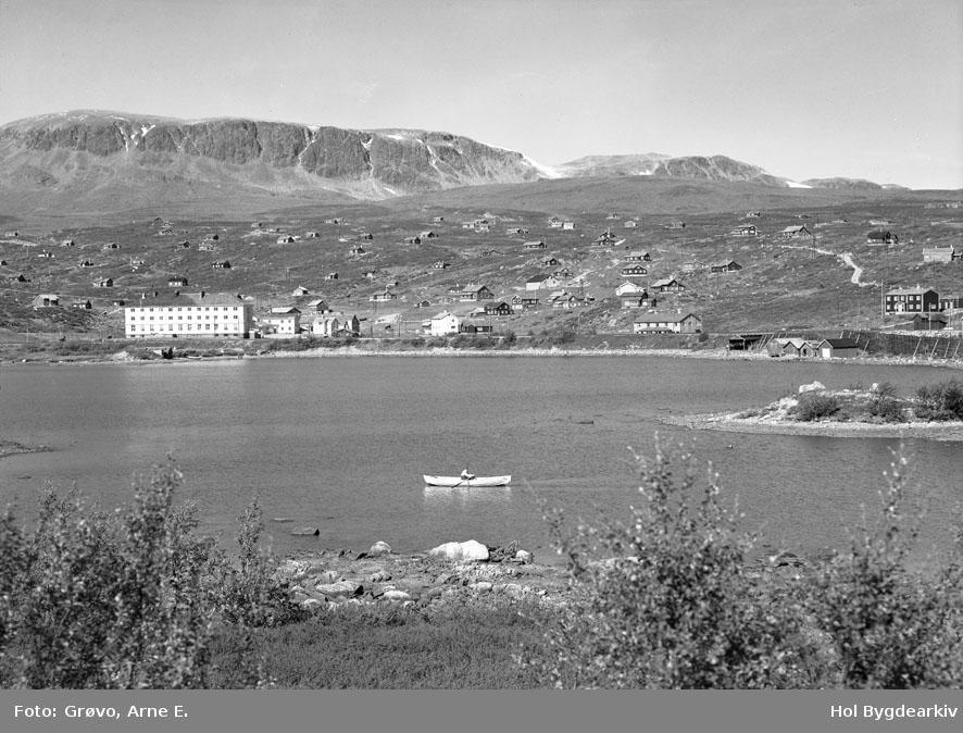 Ustaoset, sommar, hyttegrend, Ustaoset Hotell, robåt,Ustevatnet
