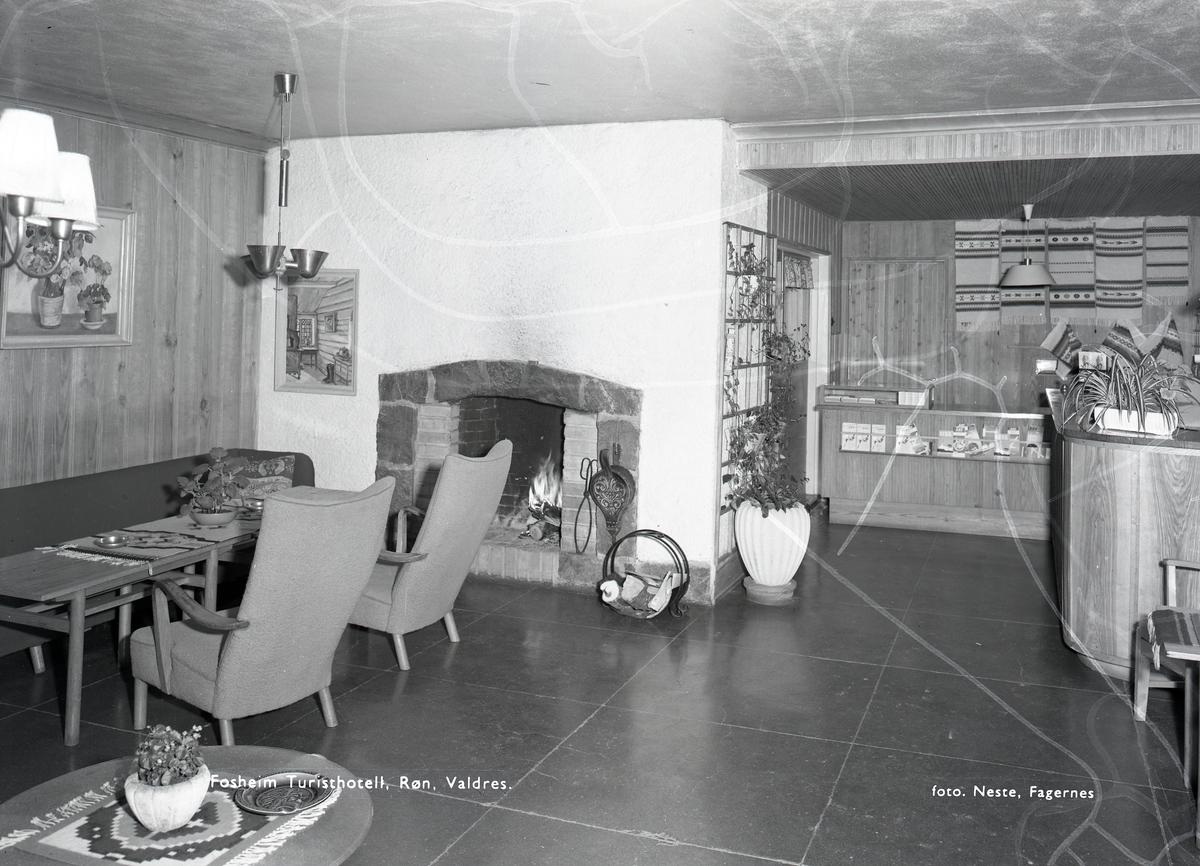 Interiør på Fossheim Turisthotell.