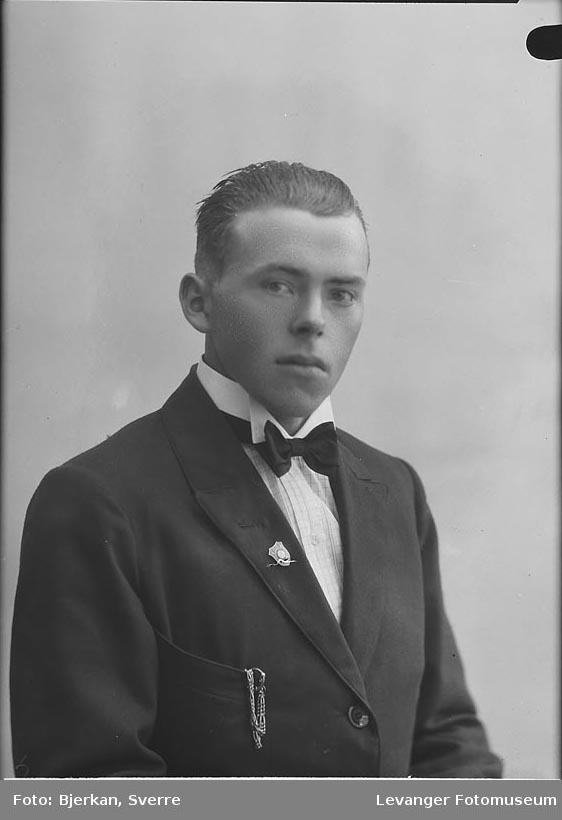 Portrett av Knut Sandstad