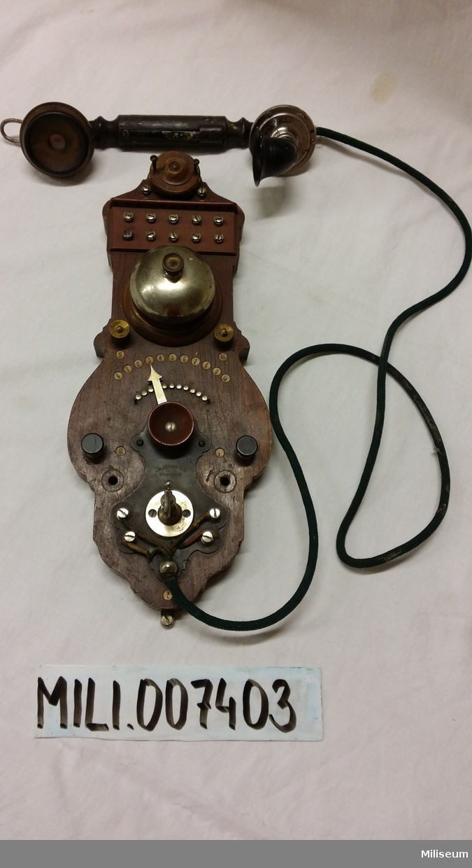 Väggtelefon, sent 1800-tal, sannolikt från Ing 1.