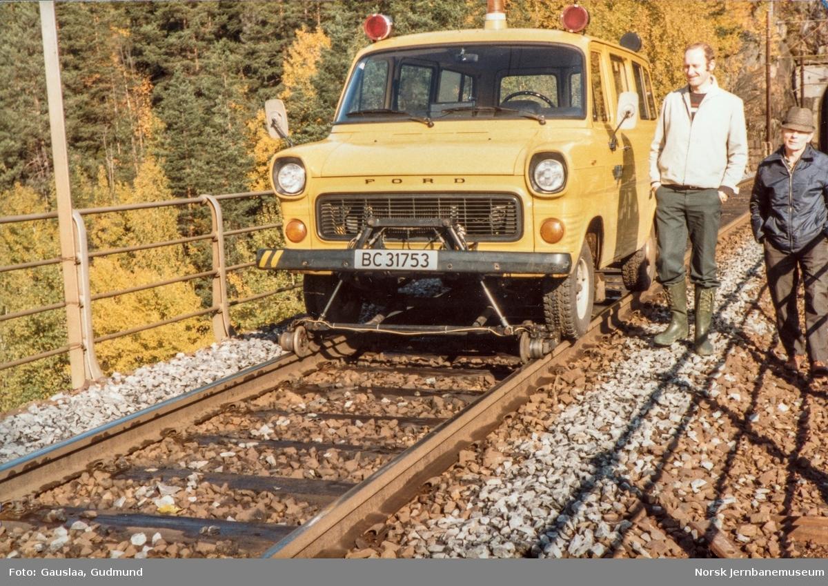 NSBs Ford Transit skinnebil BC31753 på Sørlandsbanen