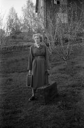 Sigrun Røisli på reisefot mai 1951. Seks portretter.