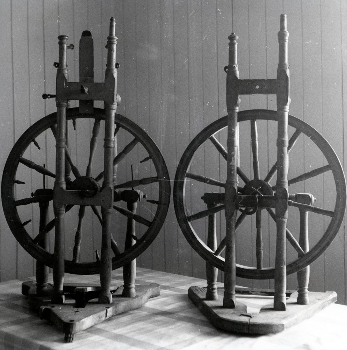 To hjulrokkar (to tråder på ein gong).