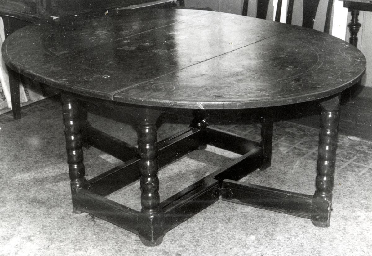 Klaffebord på Espeseth i Etnedal.