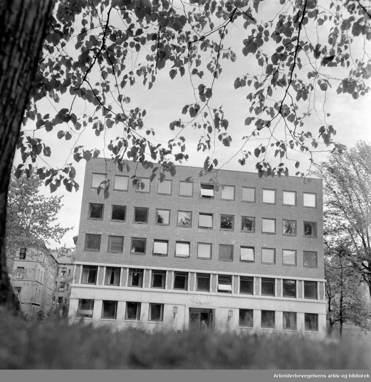 Lektorenes Hus i Wergelandsveien 15. Juli 1958
