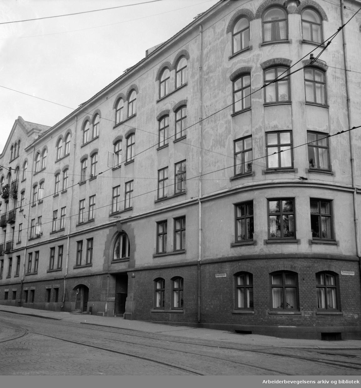 Dannevigsveien 7 (første kommunale boligbygging.).September1951