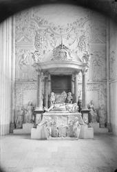 Johan III:s gravmonument, Uppsala domkyrka, Uppsala före 189