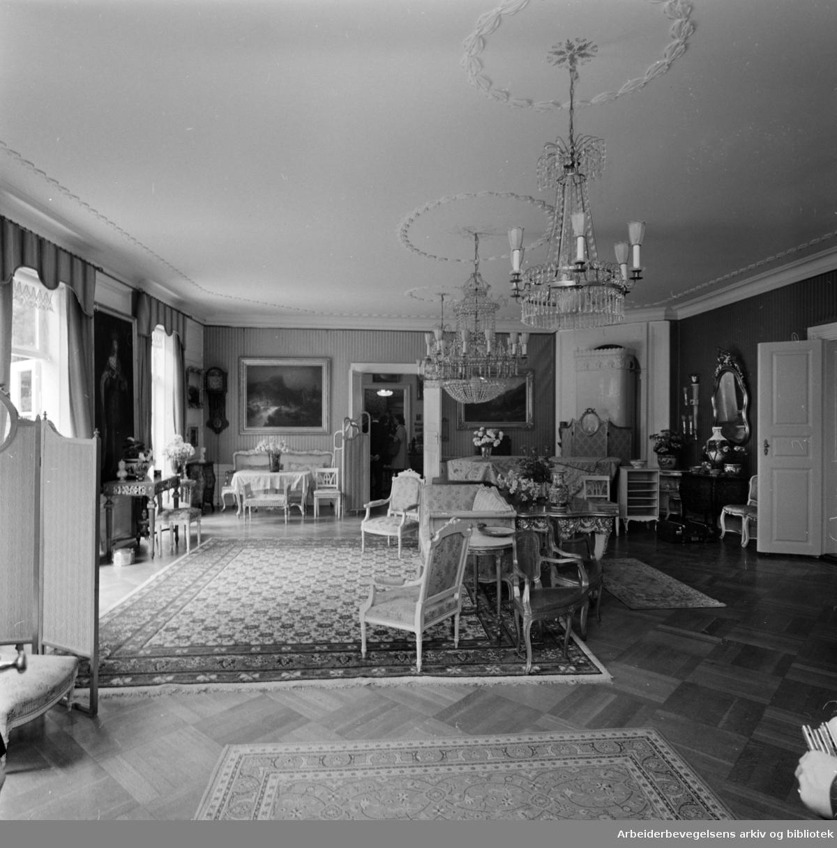 Bygdøy Kongsgård. Interiør. Juni 1964.