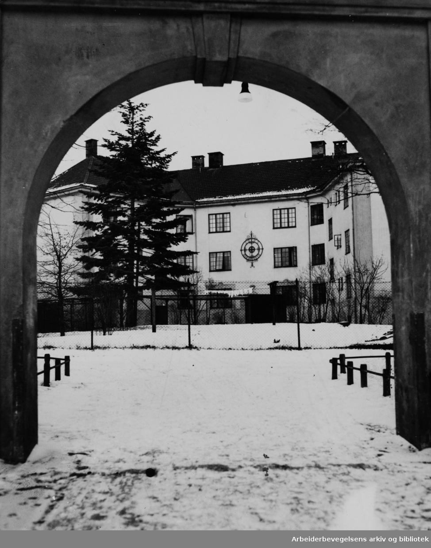 Bergensgata. Bergensgata - Stavangergata. Mars 1949