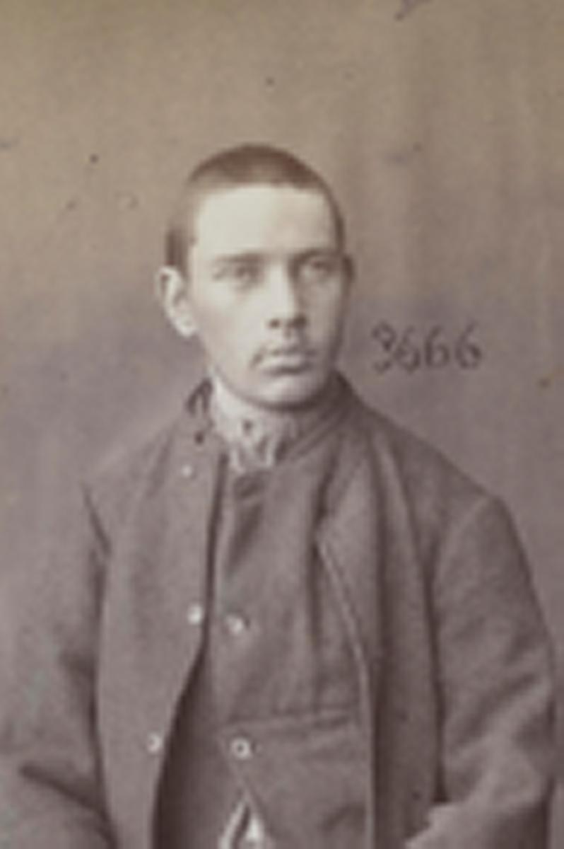 Registreringsfoto fra Kristiania-politiets forbryteralbum 1890 - 1895
