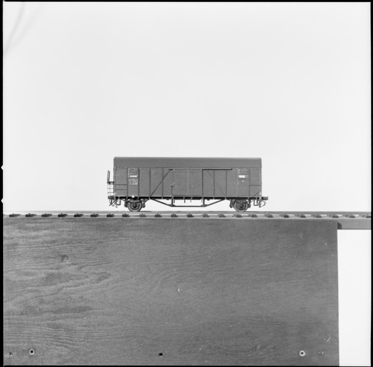 Modell av godsvagn.