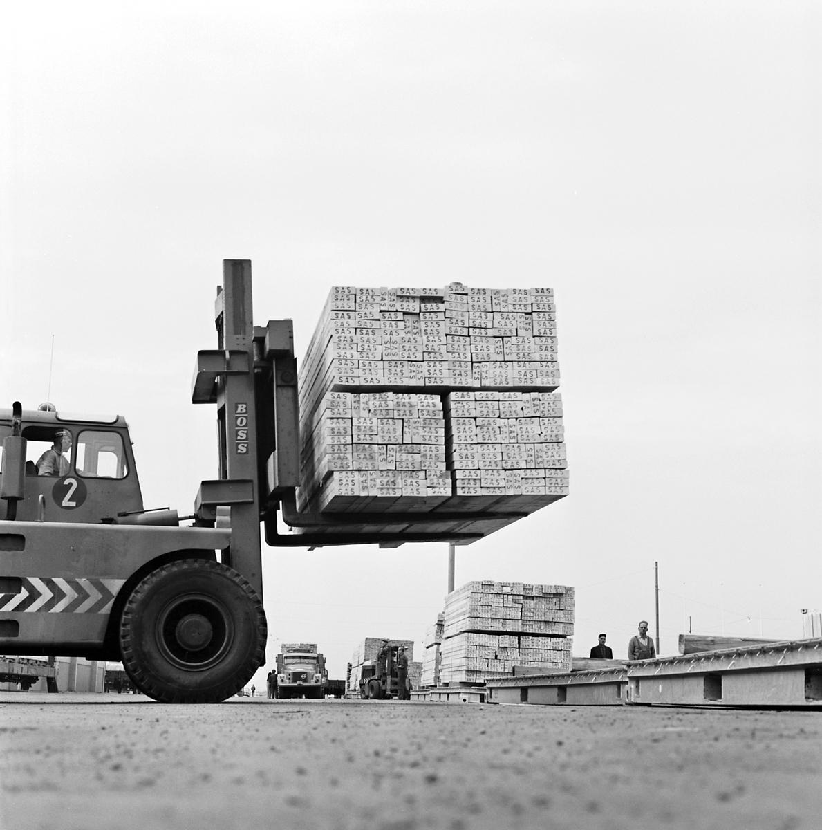 Container hantering i Göteborgs hamn.