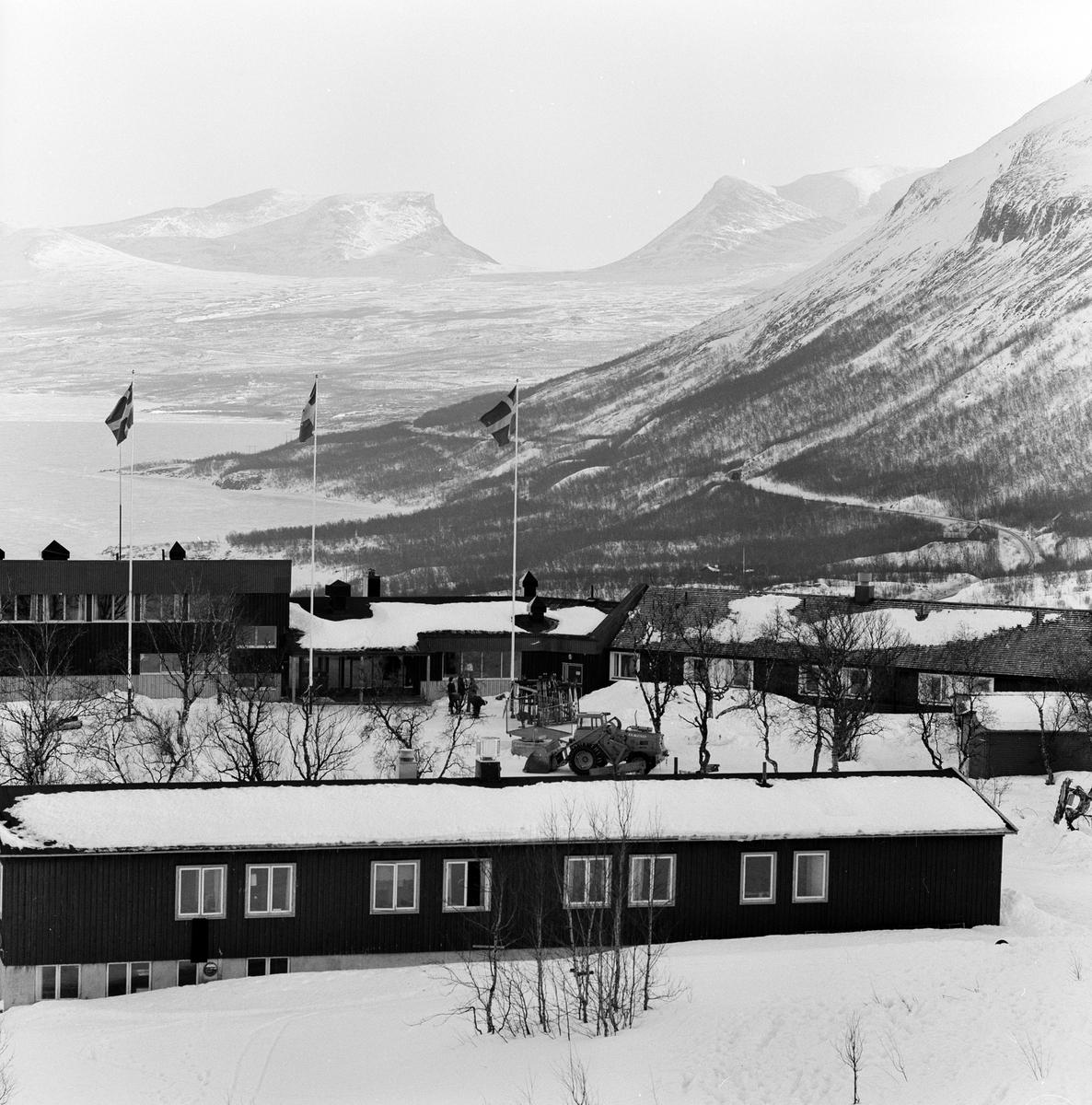 Fjället, stugbyn, slalombacken Björkliden. Hotell Fjället och stugbyn i Björkliden.
