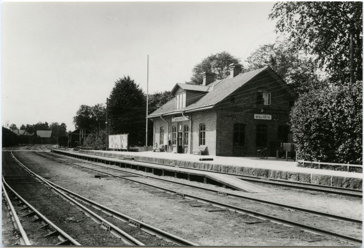 Motala verkstad och station.