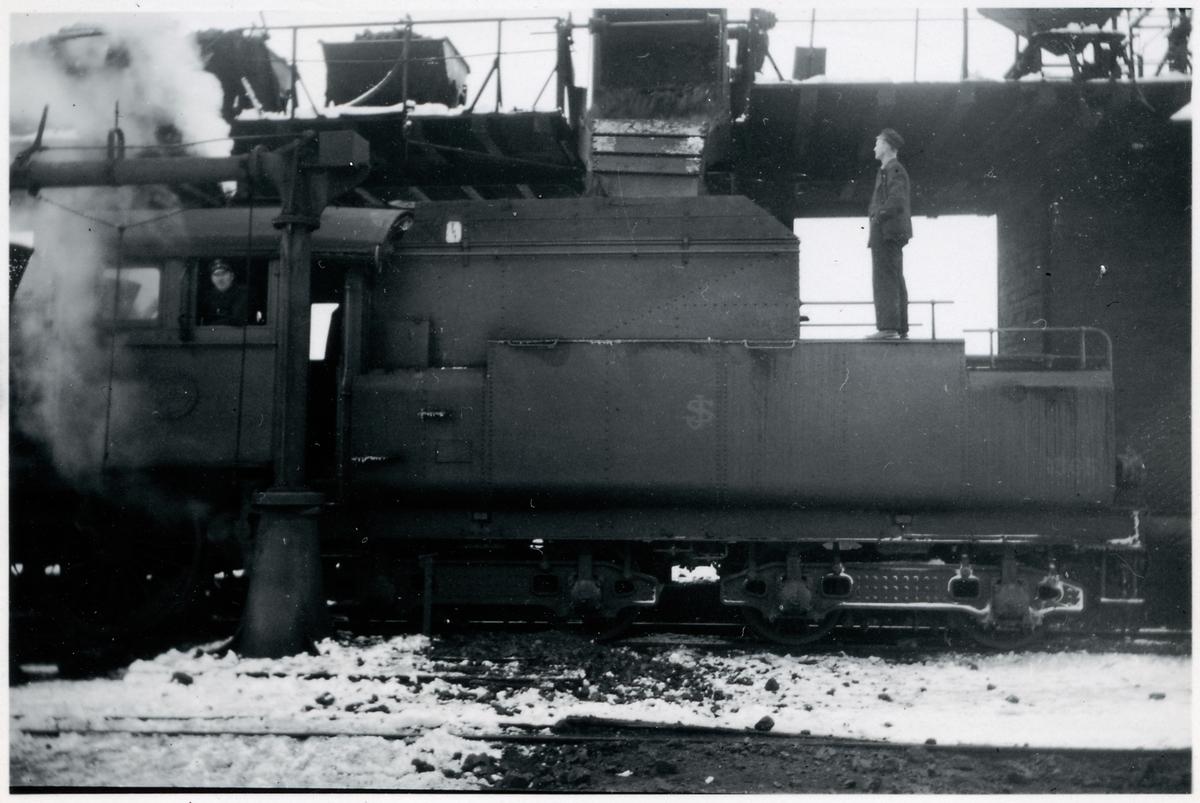 Statens Järnvägar, SJ B 1365 Kolning och vattning av lok
