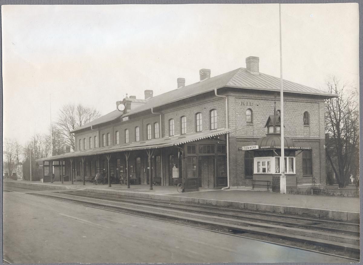 Kil station.