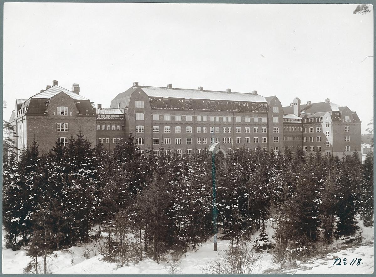 Kontorsbyggnad i Tomteboda.