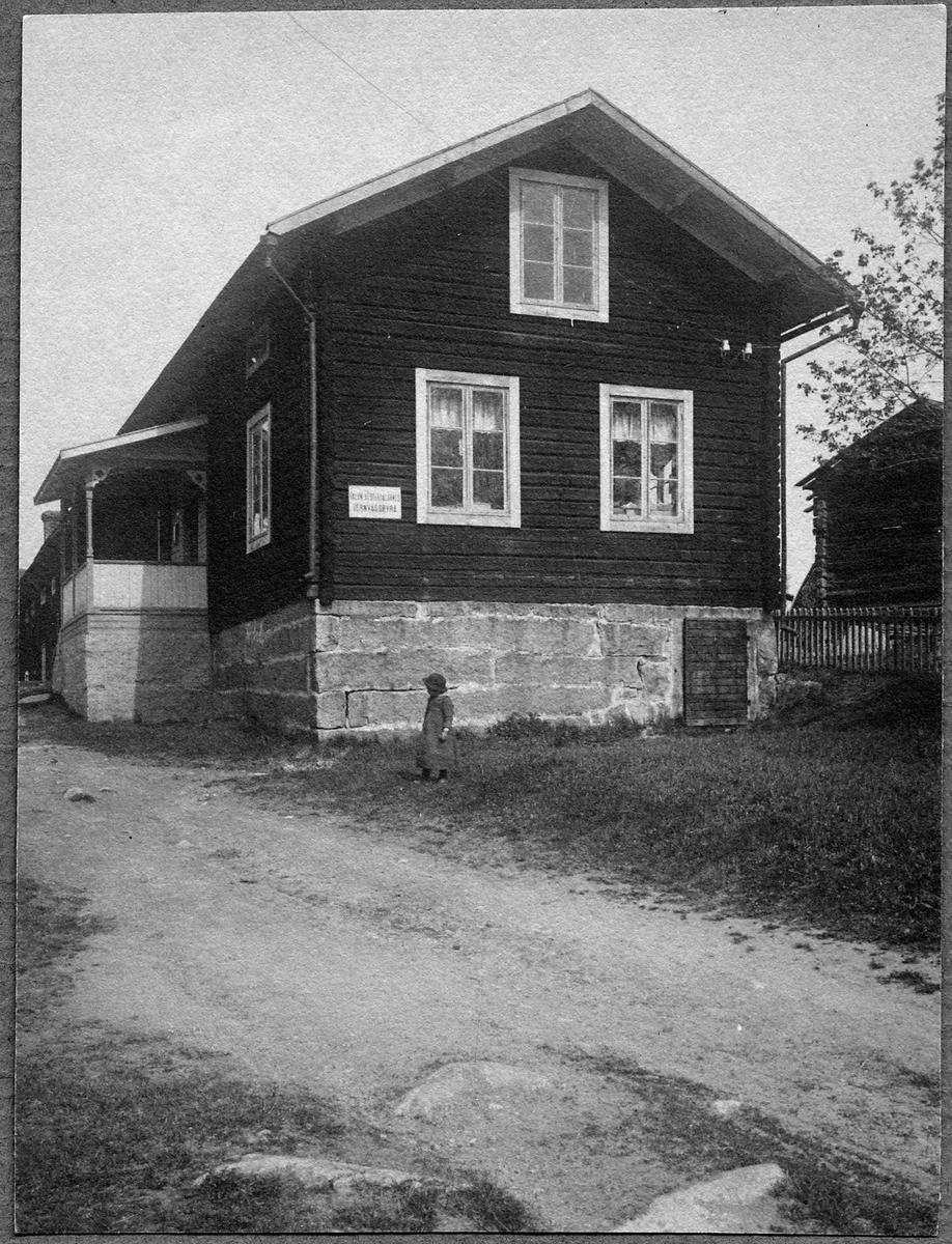 Järnvägsbyrån i Dala-Floda.