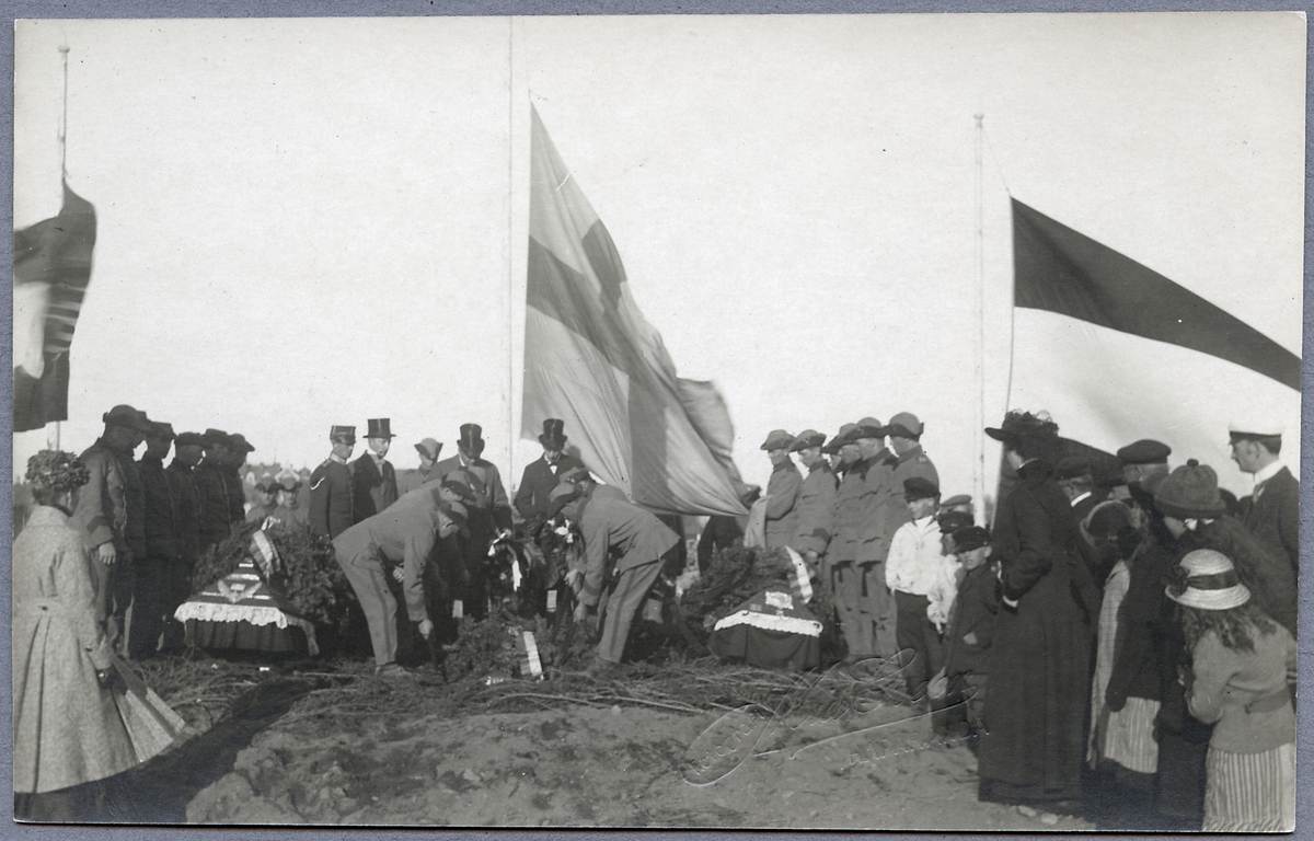 Begravning av fallna militärer i Första Världskriget.