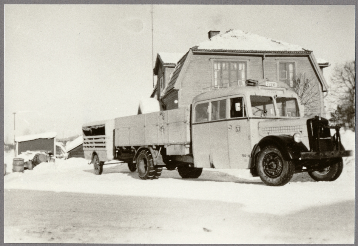 Statens Järnvägar, SJ Buss 750-A, kombinerad buss och lastbil.