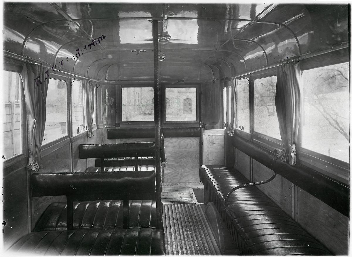 Insidan av en buss tillverkad av Arvika Vagnfabrik.