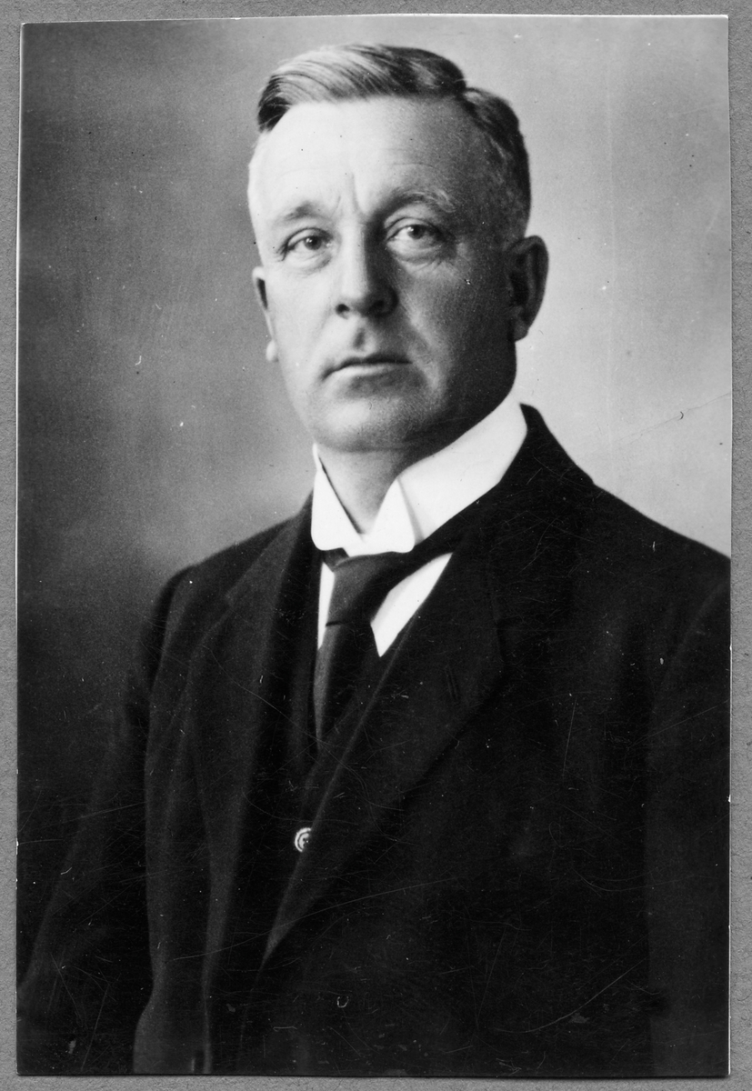 Stins Jöns Jönsson.