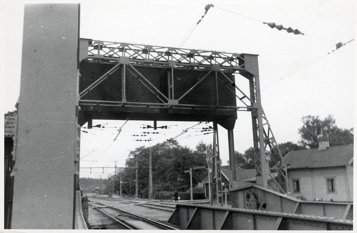 Vikten på en klaffbro över Göta Kanal vid Norsholm.