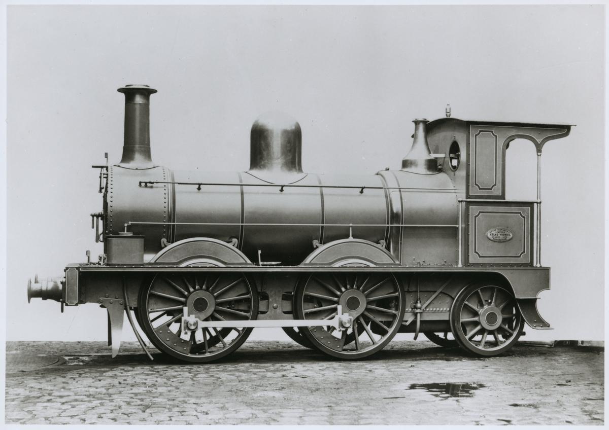 Leveransfoto av Oxelösund - Flen Västmanlands Järnväg, OFWJ A 11, tillverkad av Sharp Stewart & Co Ltd, Manchester 1876.
