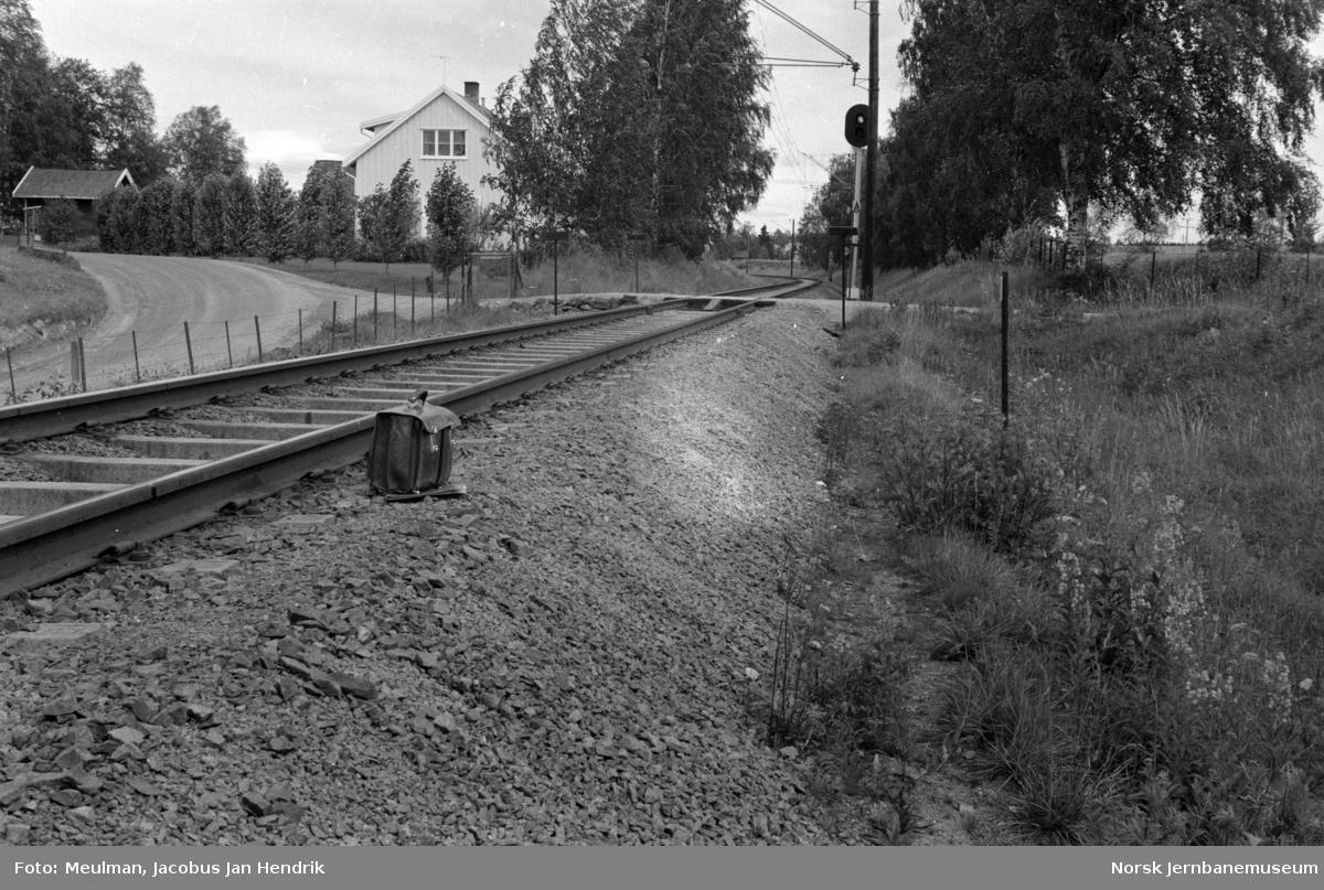 Fra en befaring mellom Haga og Årnes på Kongsvingerbanen i forbindelse med planlegging av helsveising av sporet. Her ved km 57,05.