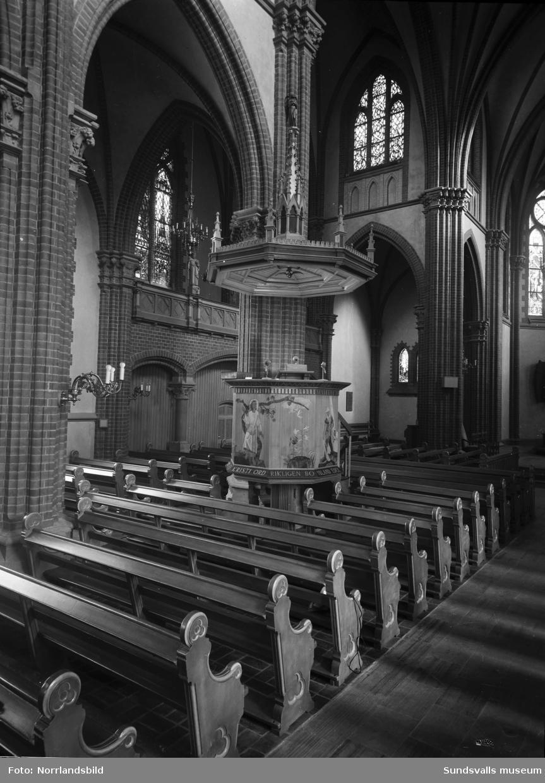 Interiörbilder från GA-kyrkan.