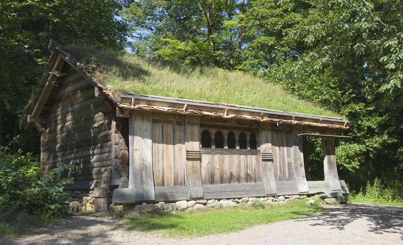 Fotografiet er tatt i 2010 og viser huset der der lå før det ble flyttet i 2017.