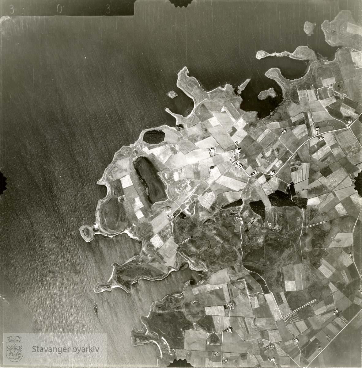 Jfr. kart/fotoplan A(III) 6/303..Orrevatnet..Se ByStW_Uca_002 (kan lastes ned under fanen for kart på Stavangerbilder)