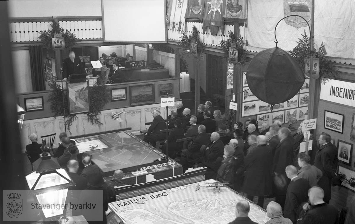 100-årsjubileet for kommunalt selvstyre. Fra Bethania..