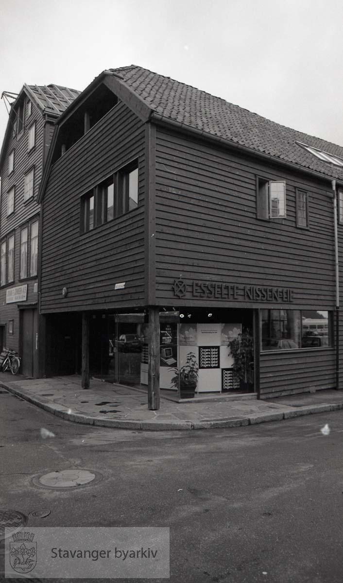 Esselge Nissen-Lie .Hjørnet til Nedre Holmegate