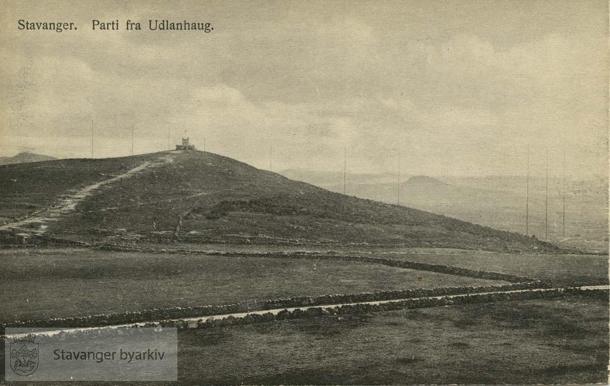 Utsikt mot Ullandhaugtårnet / Ullandhaugborgen