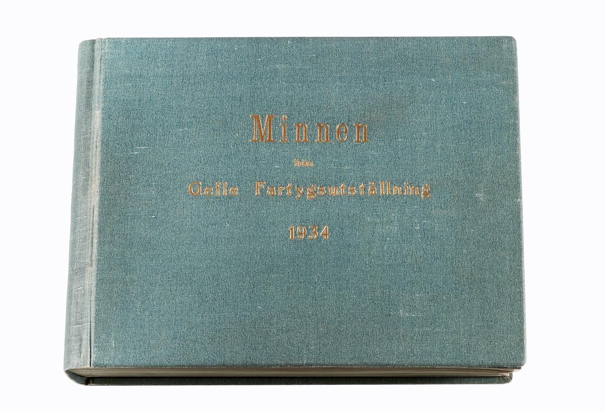 Minnen från fartygsutställningen i Gävle 1934. Fotoalbum med fartyg från Gävle, även tidningsklipp och register.