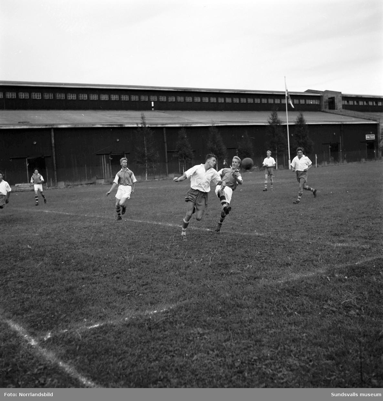Expressens juniorfotboll på Östrands fotbollsplan.