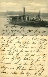 Vykort med motiv över ångaren Holm med kapten och passagerar