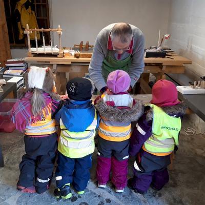 Handbokbinding for unger